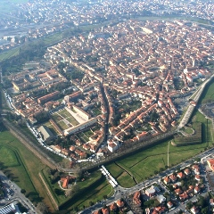 Lucca-high-above-in-balloon