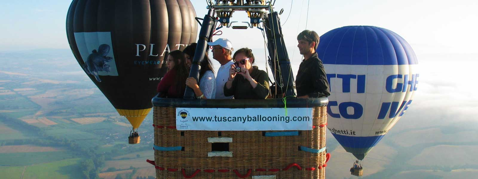 balloons-in-flight-over-buonconvento-siena