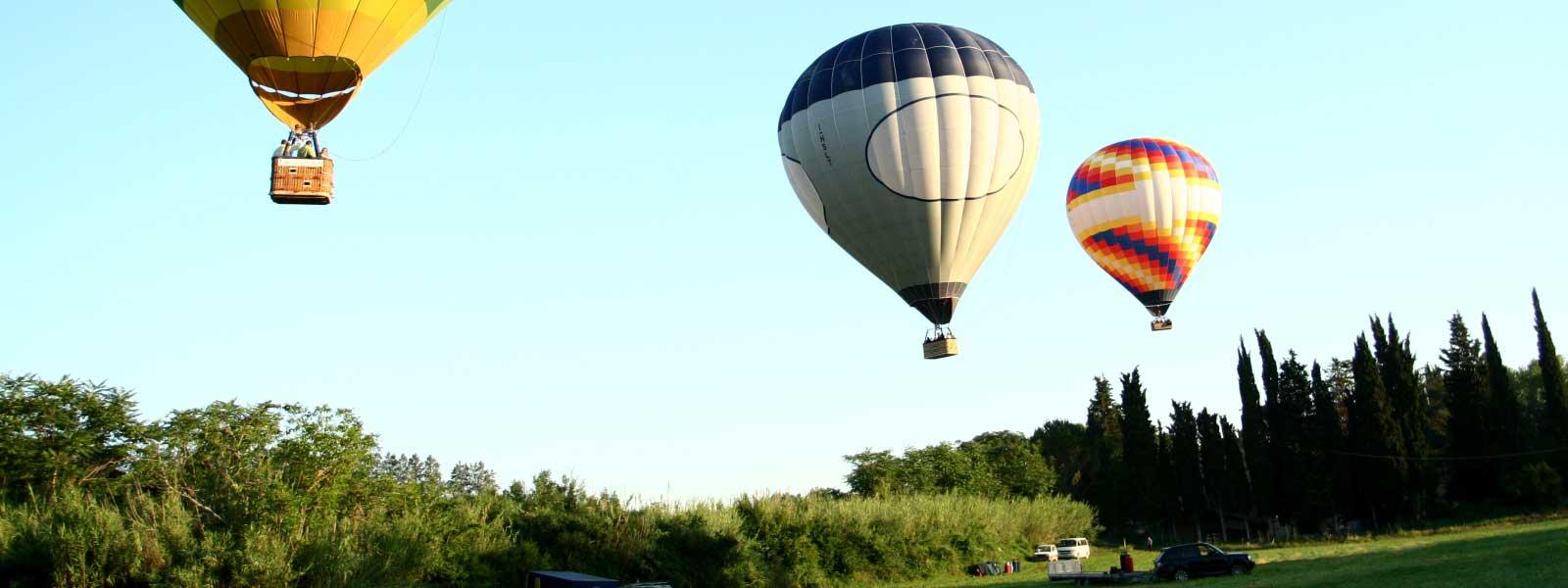 group-flight-balloon-takeoff