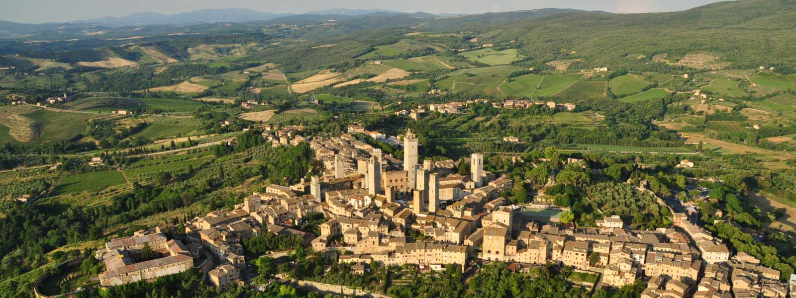 san-gimignano-aerial-view-from-hot-air-balloon