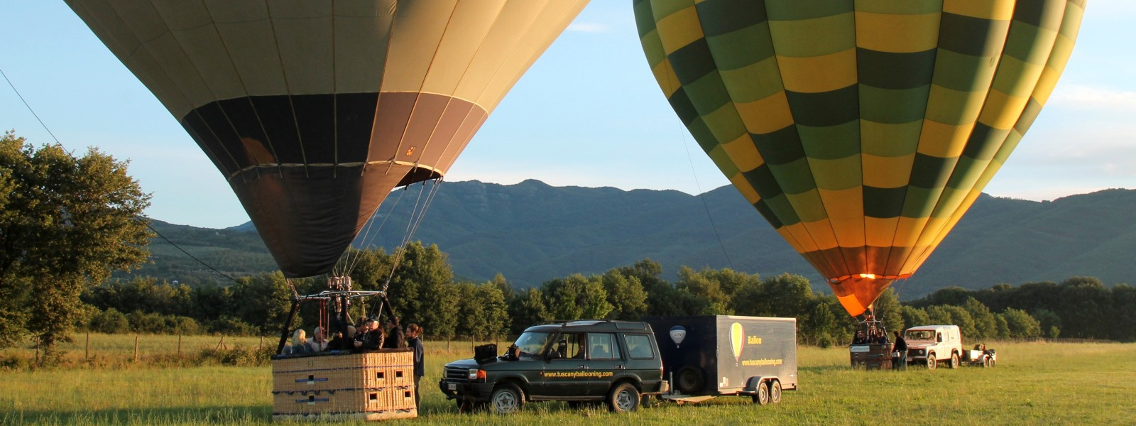balloons-ready-for-family-group-excursion