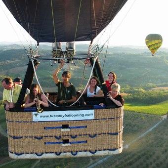 family-balloon-flight